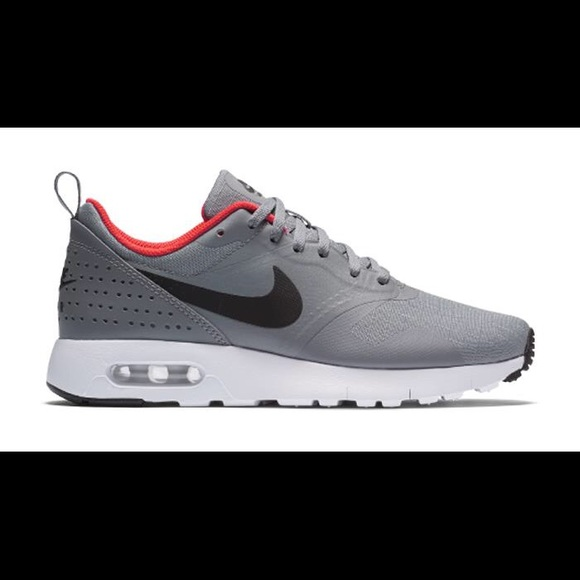 bae957fcf88a7 🆕Nike Air Max Tavas. Listing Price: $55.00. Your Offer